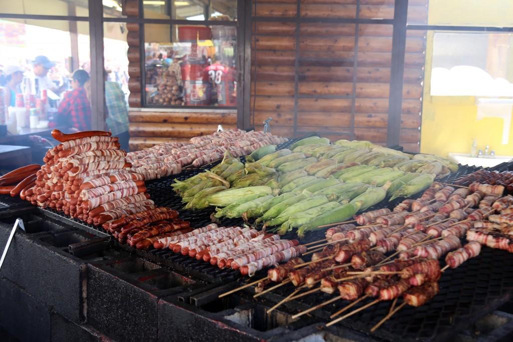 suagaes-in-bacon