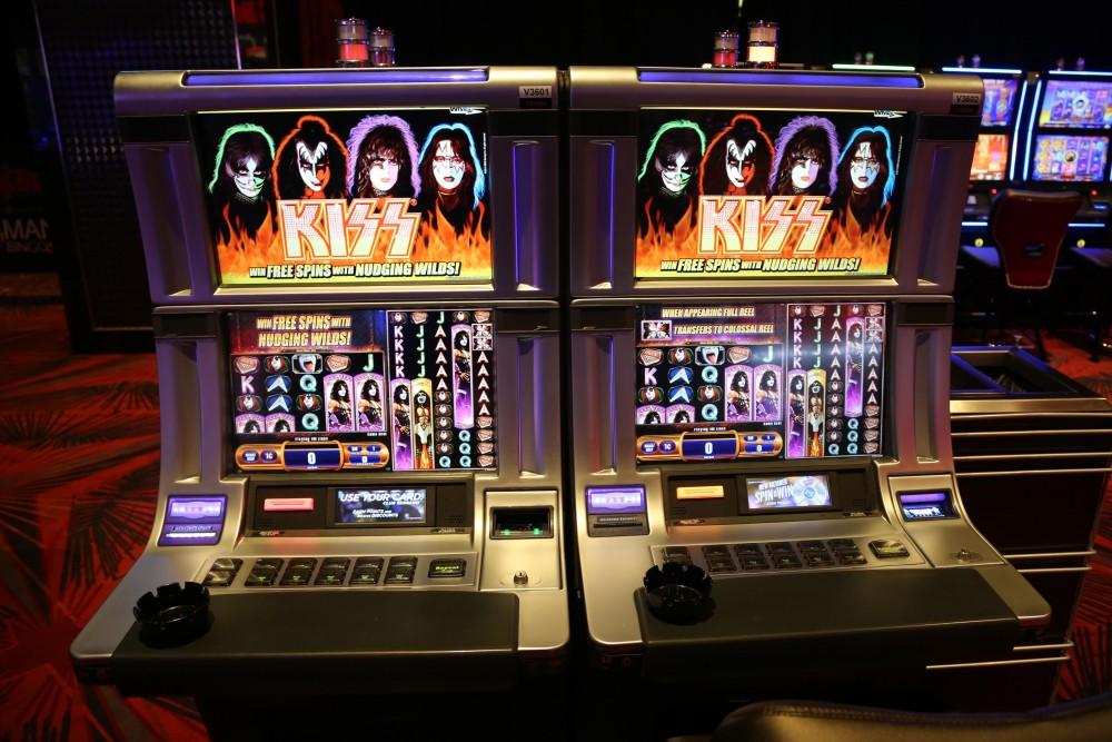 Kiss Slots